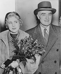 200px-Clare_Boothe_Luce_and_Henry_Luce_NYWTS